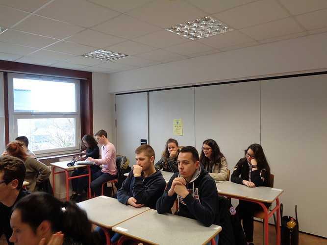 Cordée de la Réussite: des lycéens avec les étudiants de DCG à la rencontre des professionnels 0