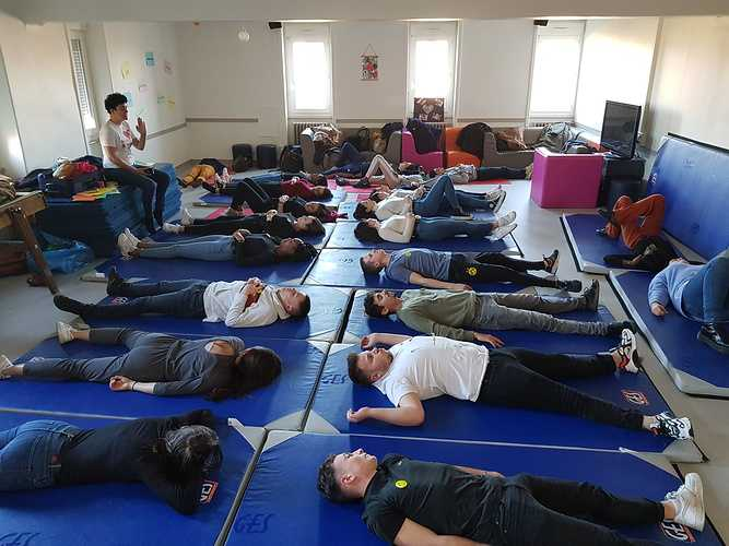 Yoga du rire yogarire1