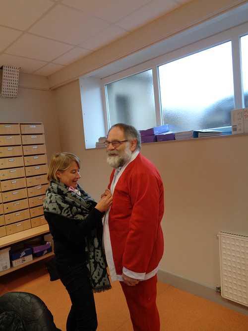 Licence DCG : Le père Noël est en avance !!! dsc00842